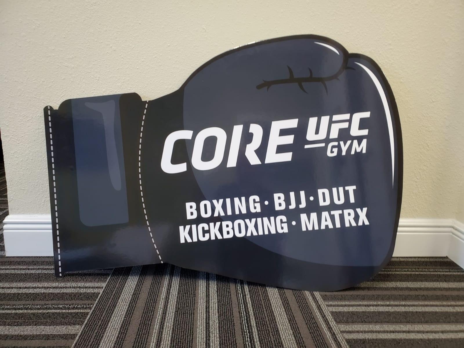 Plaques | Custom Signs & Signage | Gyms, Health Clubs, Fitness Facilities | Orlando , FL | UFC | Ginástica | Boxe | Gráfica brasileira | marketing