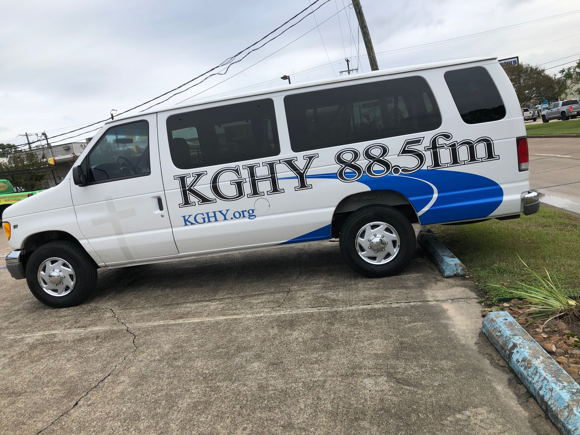 Full Vehicle Wraps | Corporate Event Signs | Advertising Agencies | Beaumont, Texas