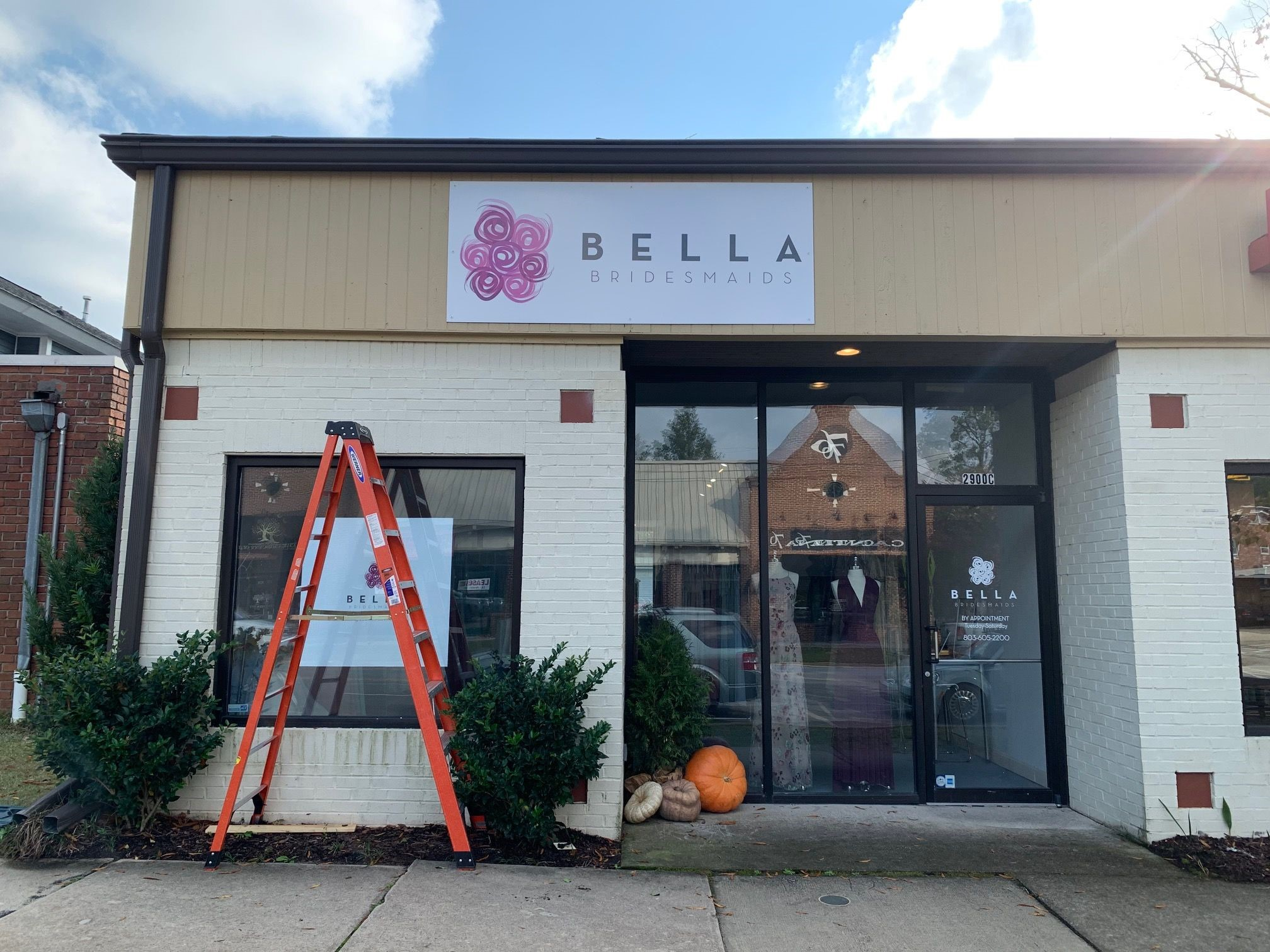 Exterior & Outdoor Signage | Custom Signs & Signage | Retail Signs | Columbia