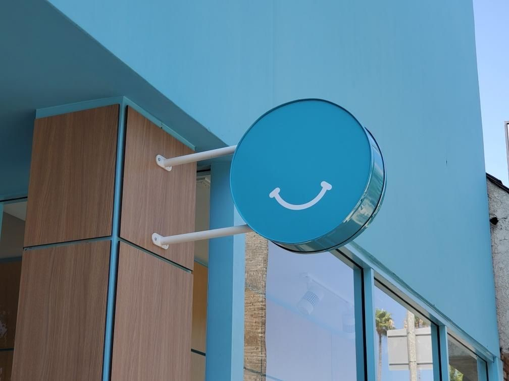 Sign Posts & Sign Hanging Accessories | Exterior & Outdoor Signage | Retail Signs | Los Angeles, CA