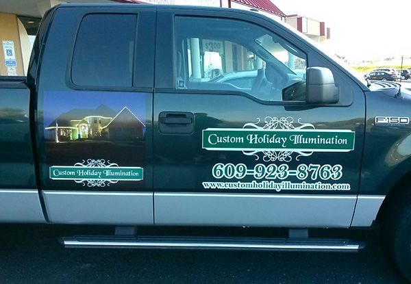 - image360-marlton-nj-vehicle-lettering-custom-holiday-illumination
