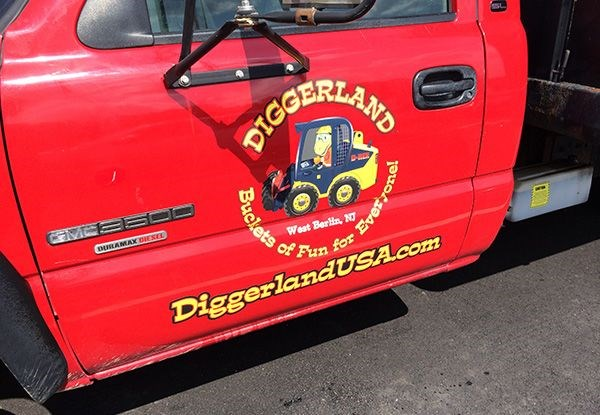 - image360-marlton-nj-vehicle-lettering-digger-2