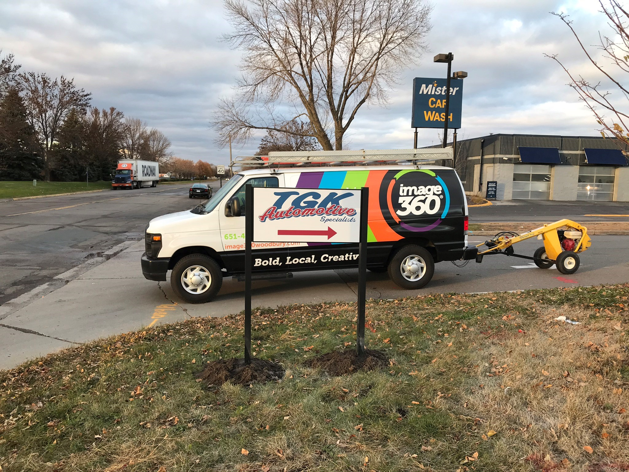 Parking Lot Signs | Sign Posts & Sign Hanging Accessories | Retail Signs | Brooklyn Park, MN