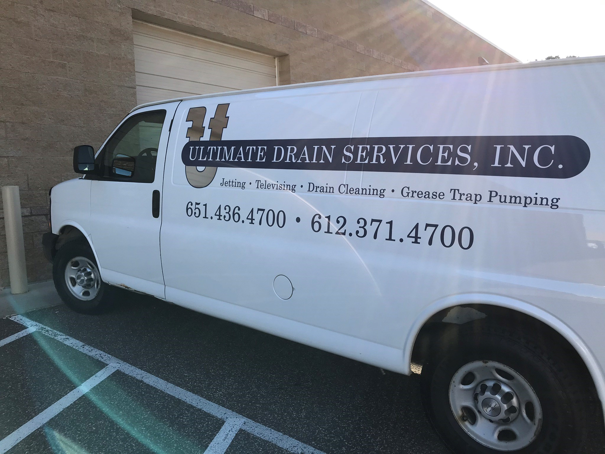 Vehicle Decals & Lettering | Partial Vehicle Wraps | Service & Trade Organizations | Woodbury, MN
