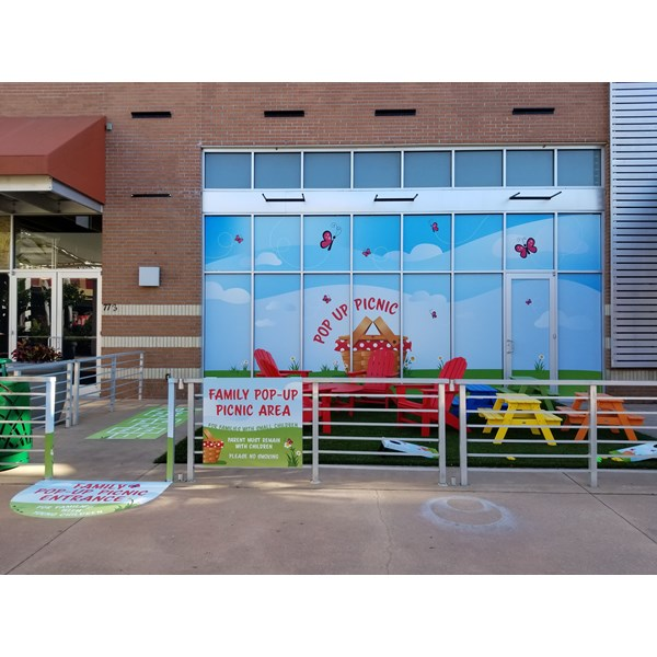 Westfield Mall Pop-up Picnic - Changing a bare concrete wall into a fun family play area