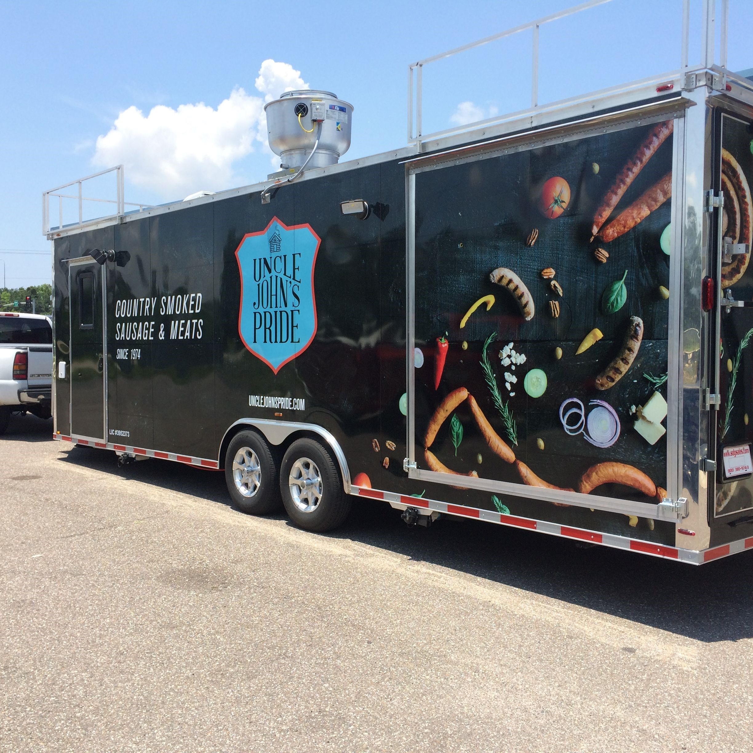 Full Vehicle Wraps | Fleet Graphics & Wraps | Restaurant and Food Service Signs | Brandon Tampa Riverview